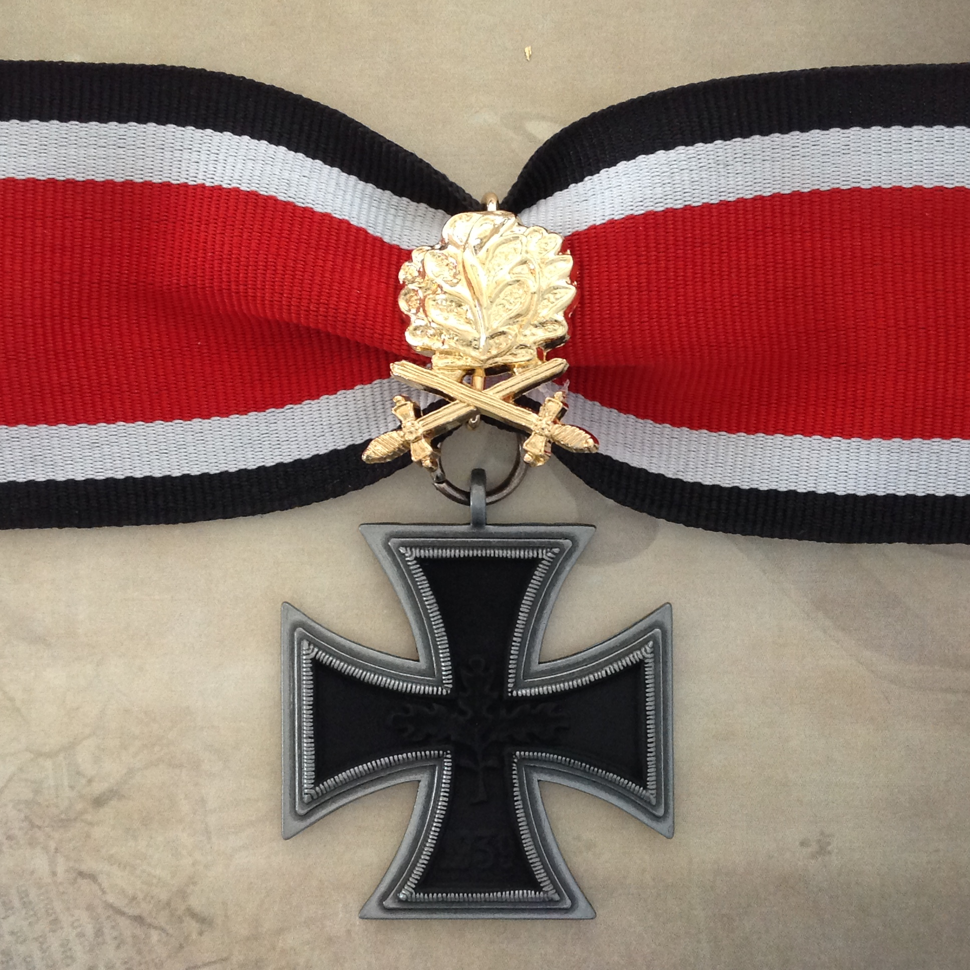 1939 57 German Knights Cross With Gold Oak Leaves Rogaloff